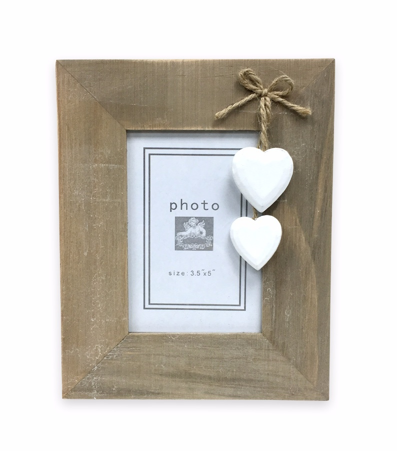 rustic-wooden-frame-with-hearts